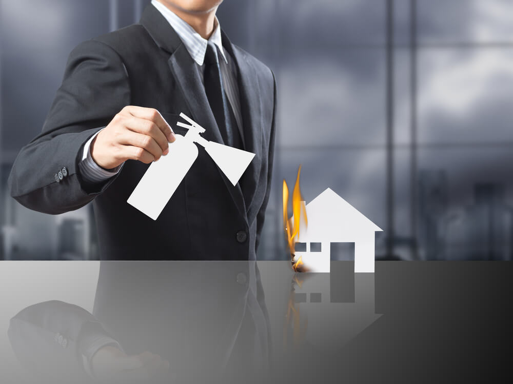 بیمه ساختمان بر عهده مالک است یا مستاجر
